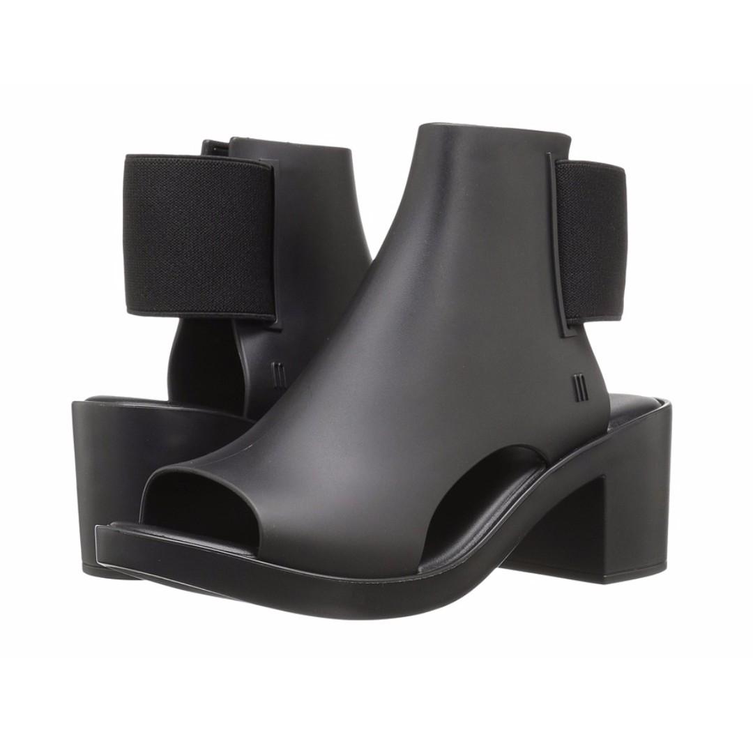 a3f8c71010b9b Melissa elastic dance boots in us size 8 EU 39 UK 6, Women's Fashion ...