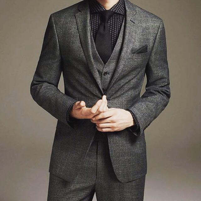 Men\'s Tailor / Charcoal Grey Suit / Gray Suit / Tie / Vest / Trouser ...