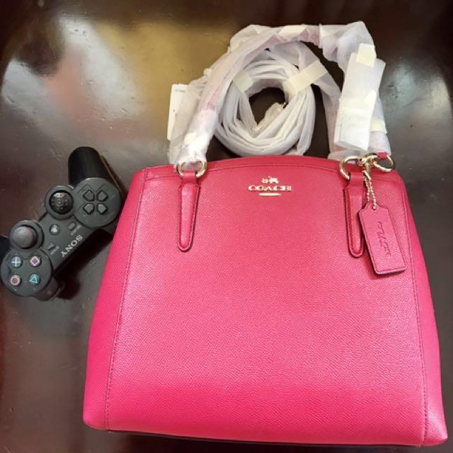 Minetta Crossbody In Crossgrain Leather