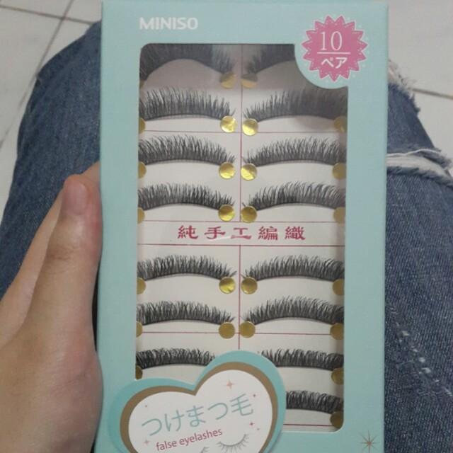 Miniso fake lashes