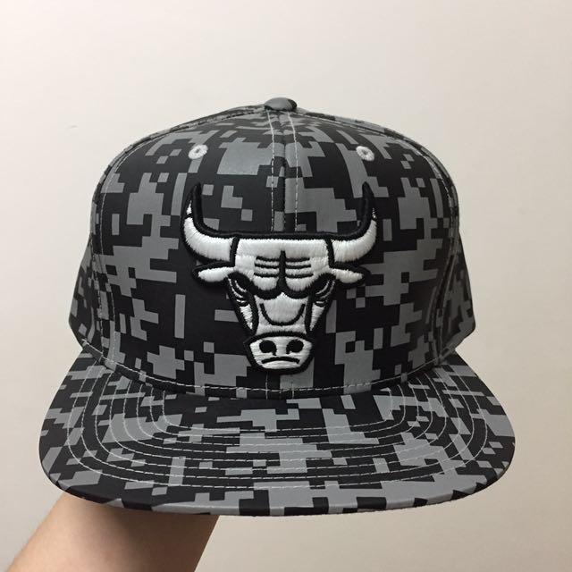 Mitchell   Ness Chicago Bulls 3M Snapback 4802c9e4665