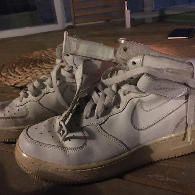 Nike air forces size 7