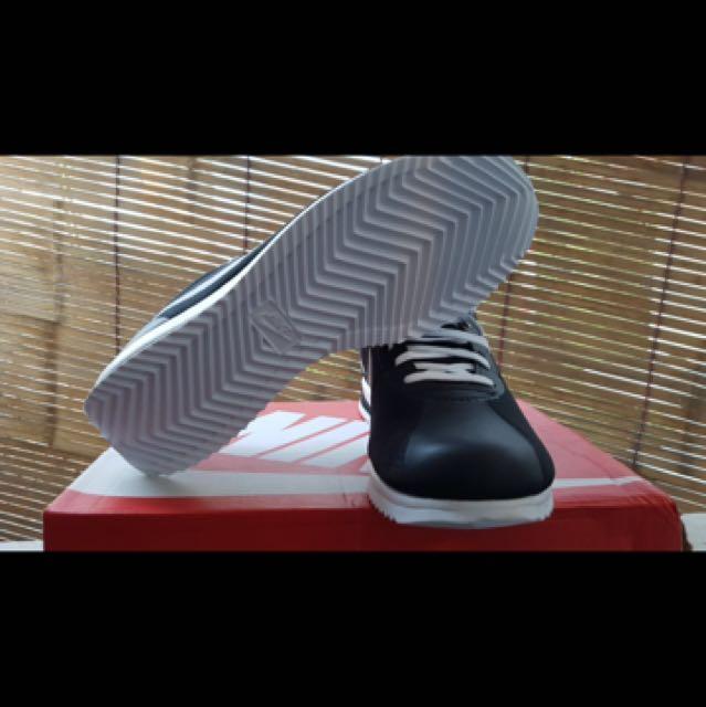 Nike Cortez Ultra Black/White BNIB