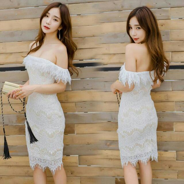 Off Shoulder White Lace Dress (14days)