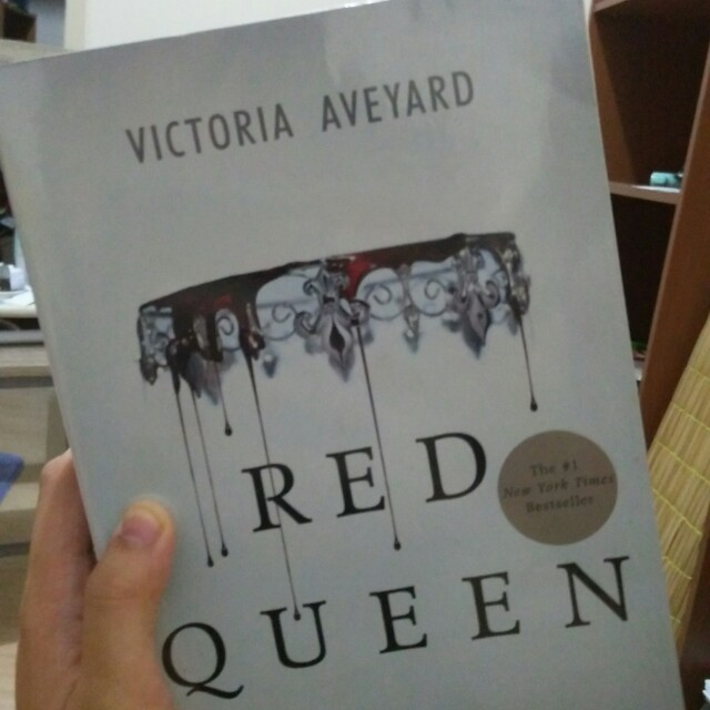 RED QUEEN SIGNED