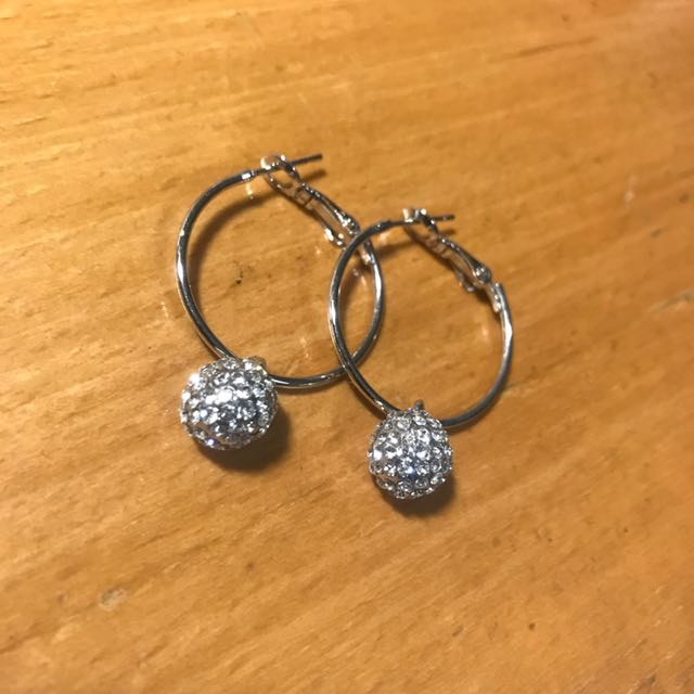 Sterling silver ball earring