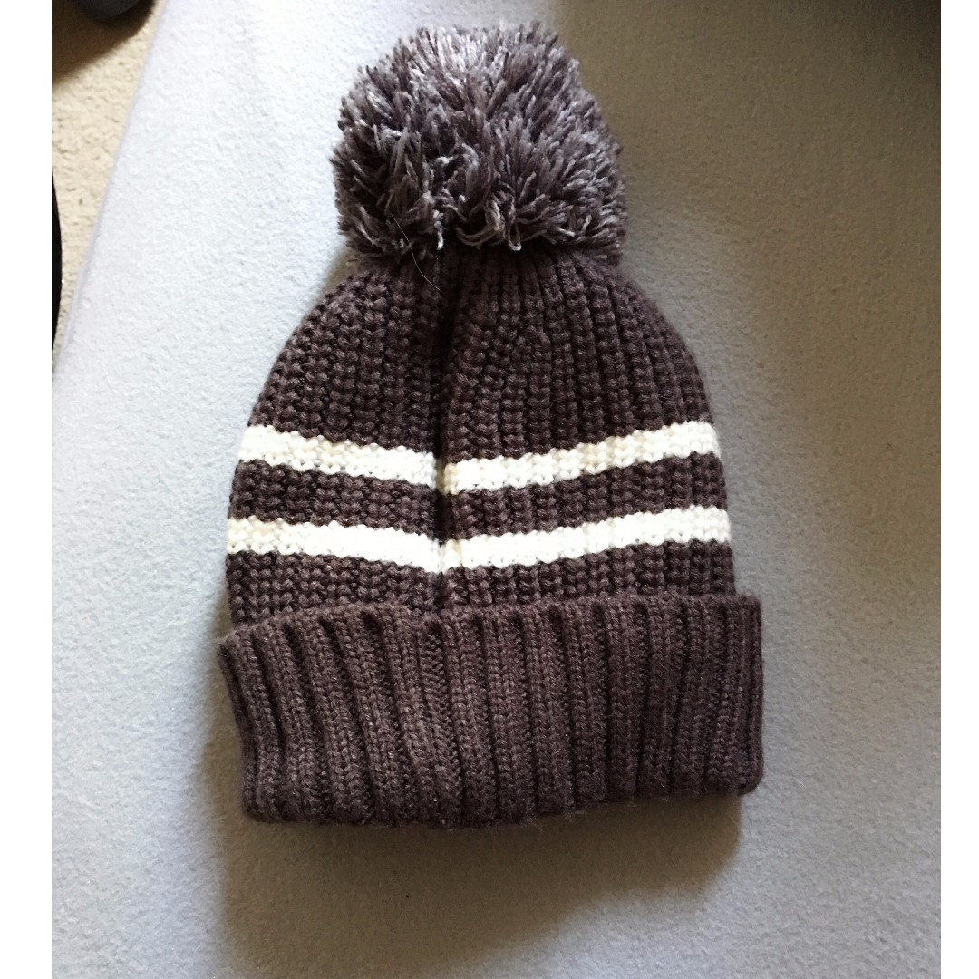 Striped Beanie with Pom and Inner Fur - Grey