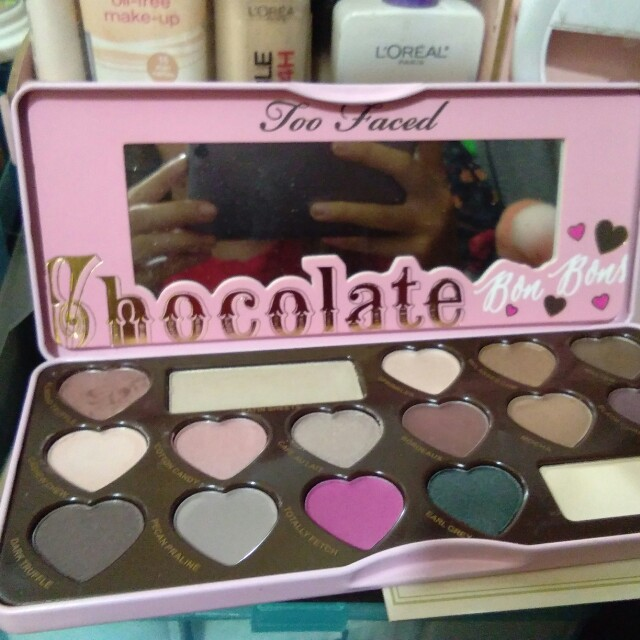 TOO FACED SG WITH BOX