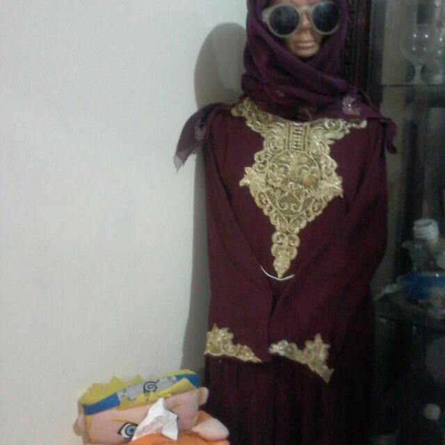 Tunik Maroon Bordir Gold