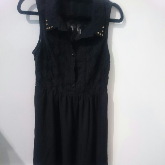 Valleygirl size 10 black dress
