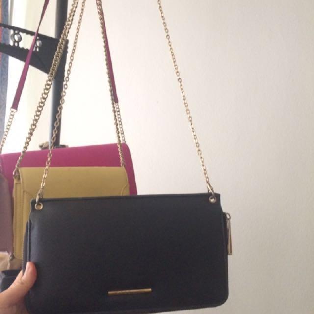 5e54dfc259c8 Vincci sling bag, Women's Fashion, Bags & Wallets on Carousell