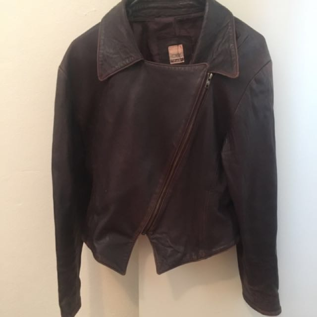 Vintage Cropped Brown leather Jacket