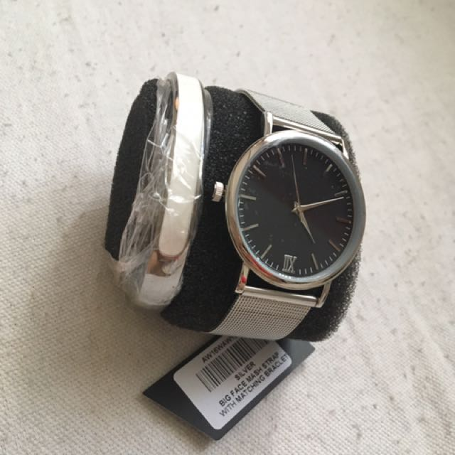 Watch and bracelet bundle