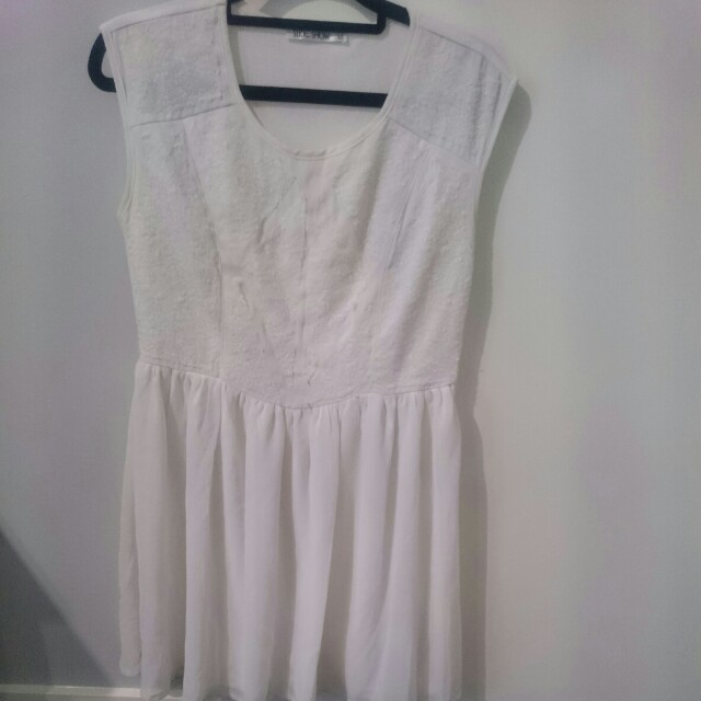 White size 10 dress
