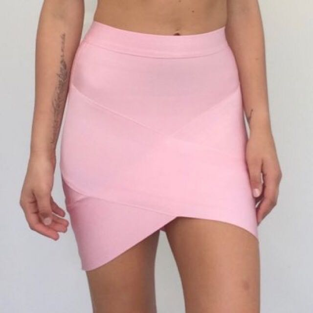WHITE SKIRT! Pink Sold Out