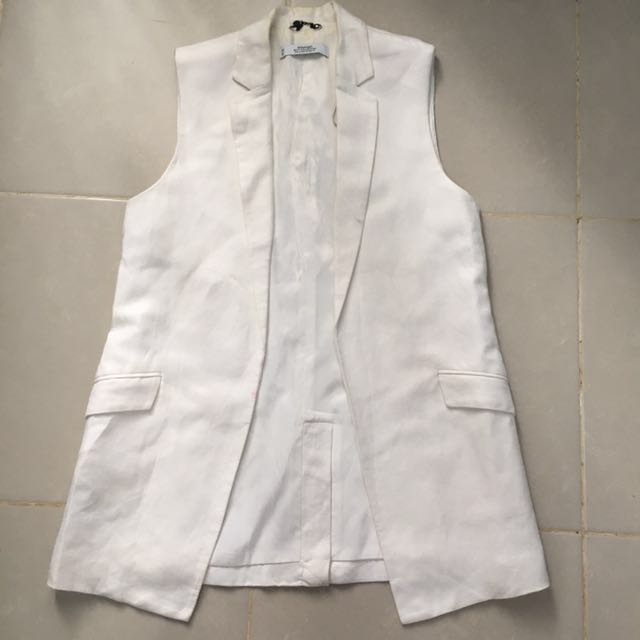 White Sleeveless blazer mango