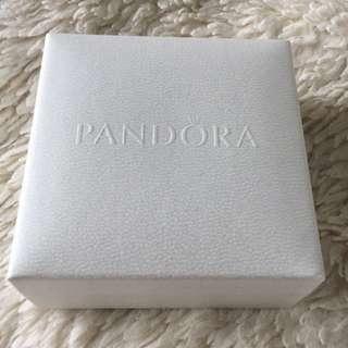 PRICE DROP ‼️ PANDORA SPECIAL EDITION ESSENCE BANGLE