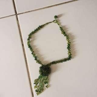 Kalung hijau
