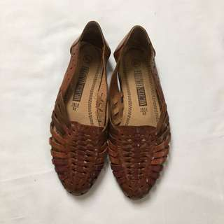 Brown leather woven flats, 6.5