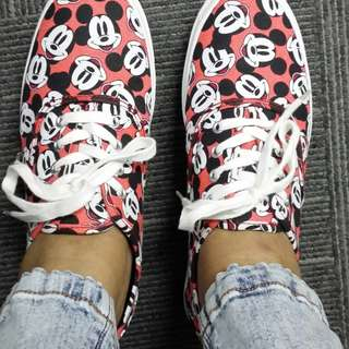 H&M Mickey Mouse Shoes Size 9