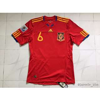 2010 Spain home shirt 6 Iniesta