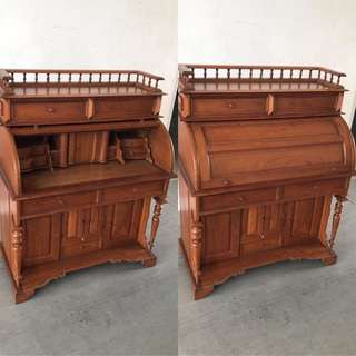 French Cabinet in good condition