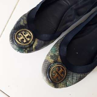 Tory Burch Athentic ..flat shoes