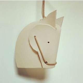 手工訂製皮革小馬吊飾