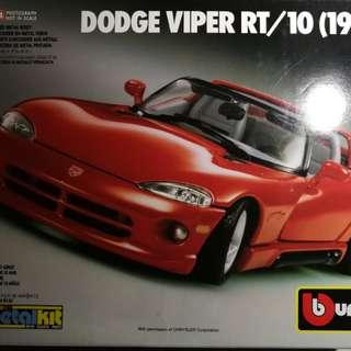 Burago metalkit Dodge Viper RT/10 model