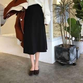 秀氣黑色高腰傘狀長裙