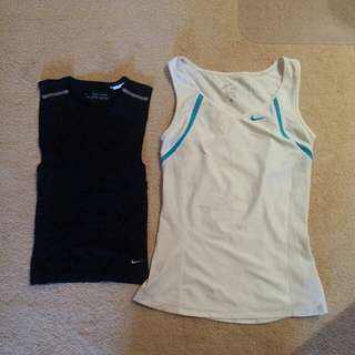NIKE Dri-Fit sports tops x2 XS