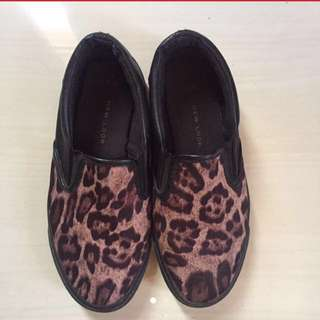 New Look Slip On