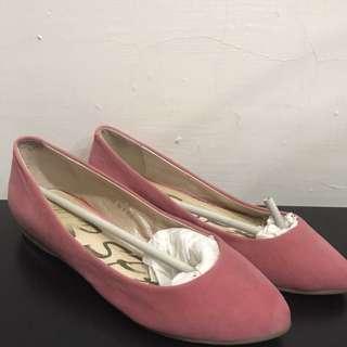 Air Space粉色尖頭平底鞋