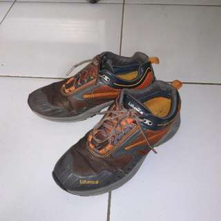 Sepatu Lafuma