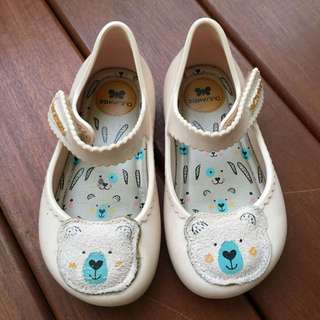 Zaxy baby girl shoes US7