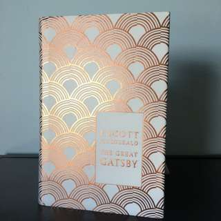 THE GREAT GATSBY by F. Scott Fitzgerald | Hardback with metallic dustjacket