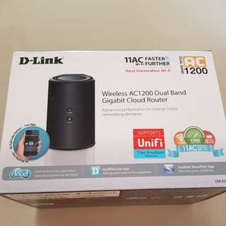 Dlink AC1200 WiFi Router (Used)