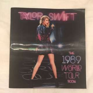 Taylor Swift 1989 World Tour Book
