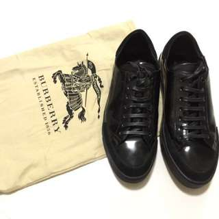 Burberry sneaker in black- size 42 (2nd hand)