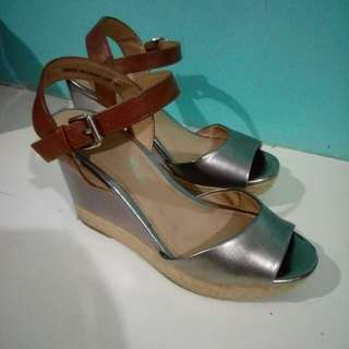 Payless Montego Bay Club Espadrille Heels Size 6.5