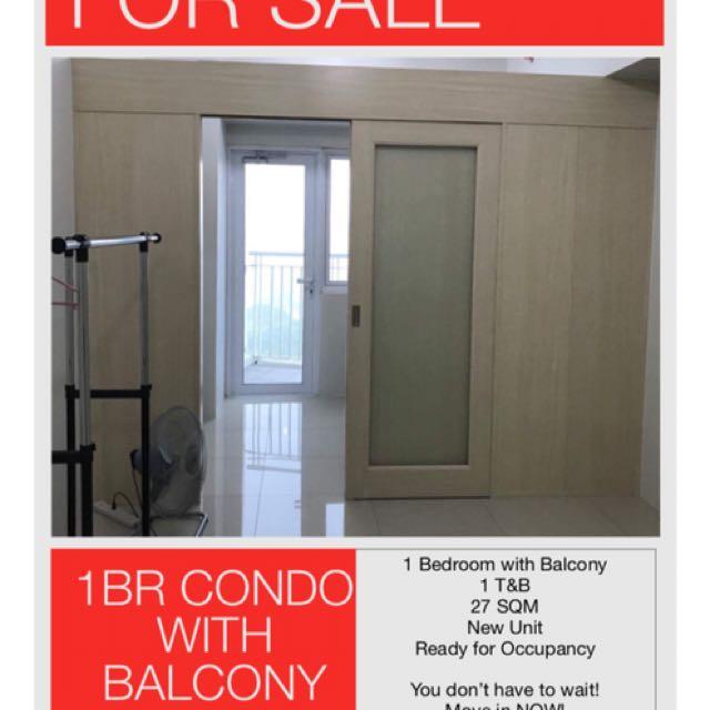 1 BR Condo with Balcony