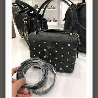 Handbag guess authentic
