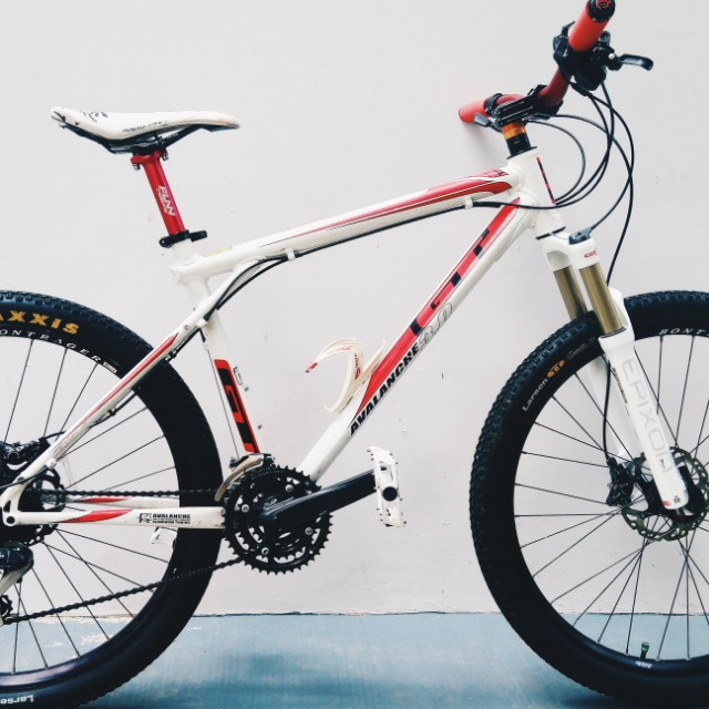 2009 GT Avalanche 3.0 (M size), Bicycles & PMDs, Bicycles on Carousell