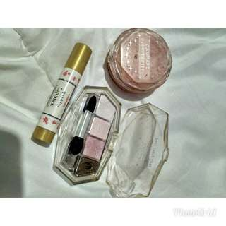 canmake eyeshadow, blush on , lip balm