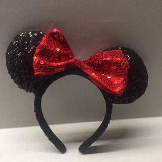 Minnie Mouse ears from Disneyland aneheim