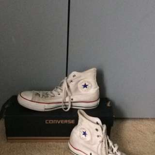 AUTHENTIC Converse high tops white