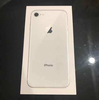 Apple ip8 64gb *silver