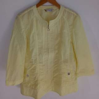 Shining Yellow Clothes