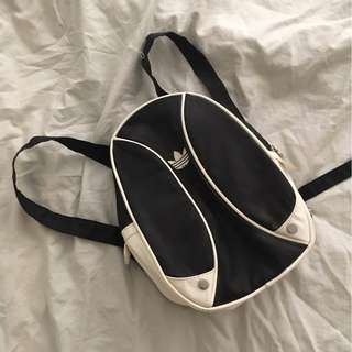 Adidas - Mini Backpack