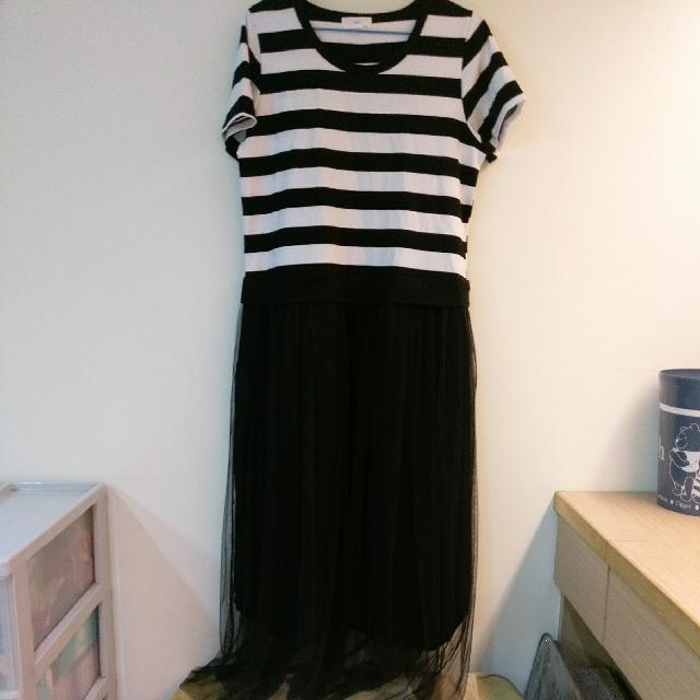 【全新】條紋連身紗裙